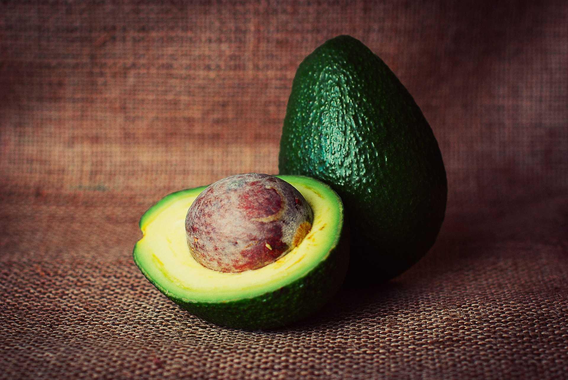 L'avocado, un frutto esotico che ci aiuta a dimagrire